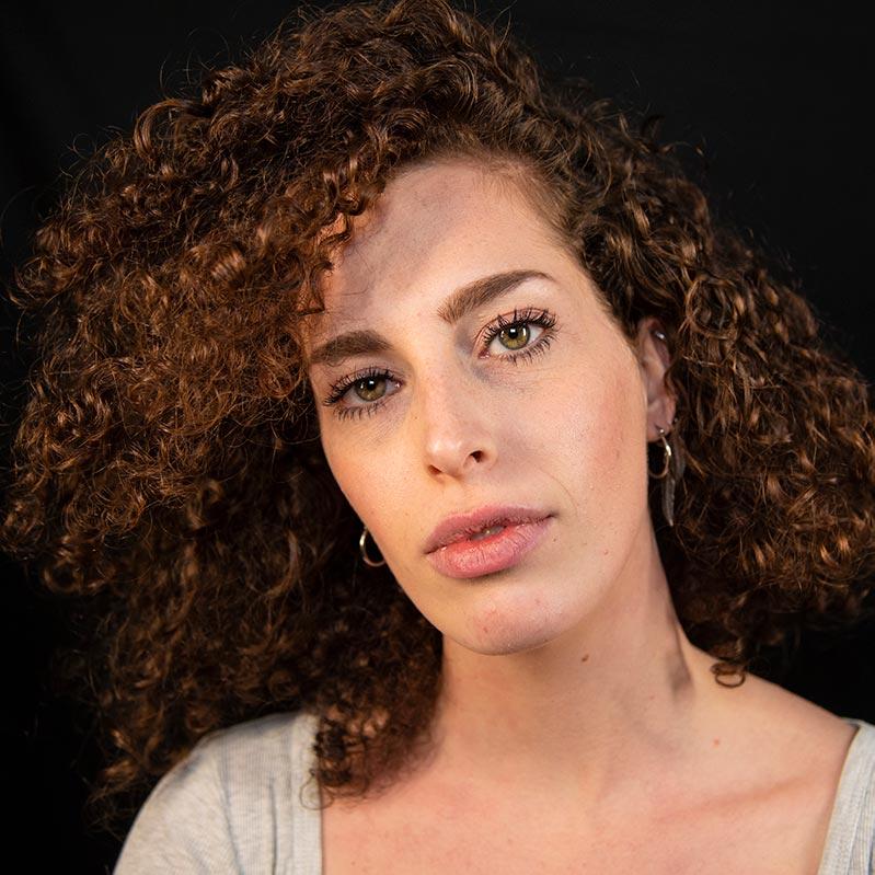 Lorenza Molina